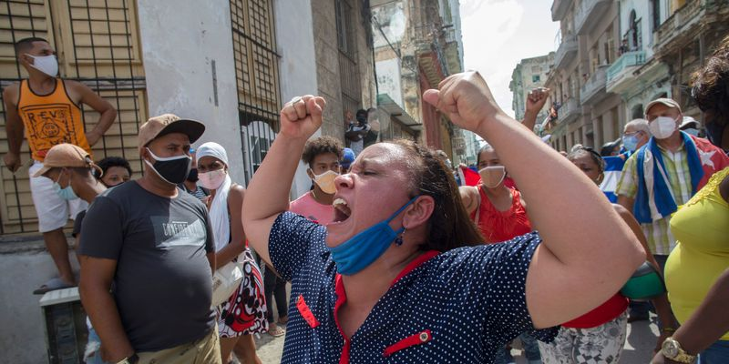 Human Rights Watch condemns detention of nearly 400 people in Cuba