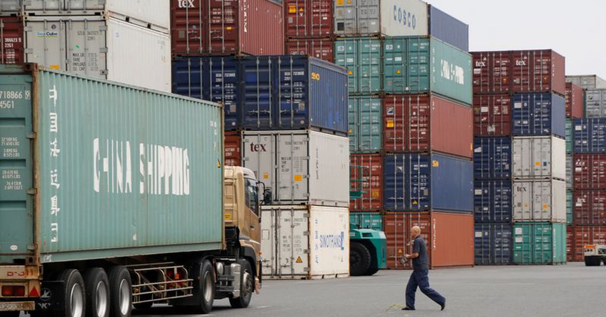 Japanese exports rose thanks to strong demand from the United States and China