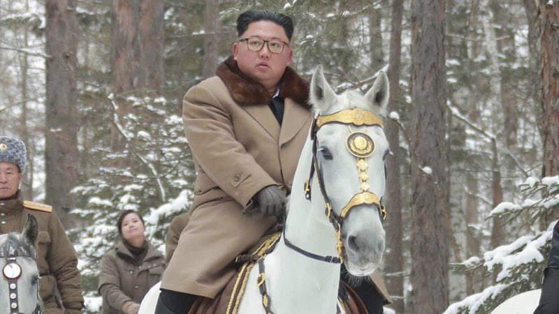 Kim sends messages of friendship to Beijing, but with Washington…
