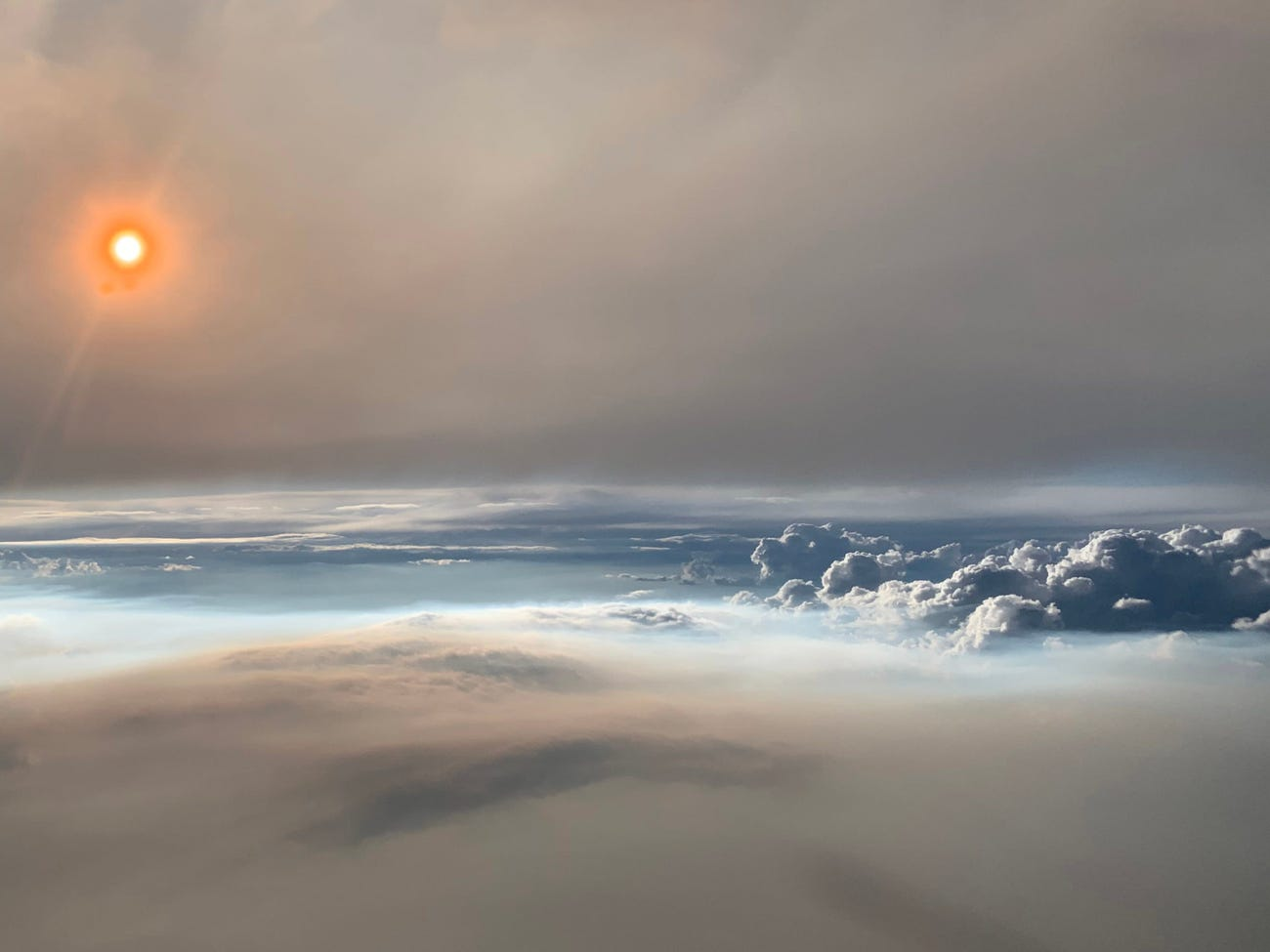 Record temperatures in Canada create dangerous clouds of fire