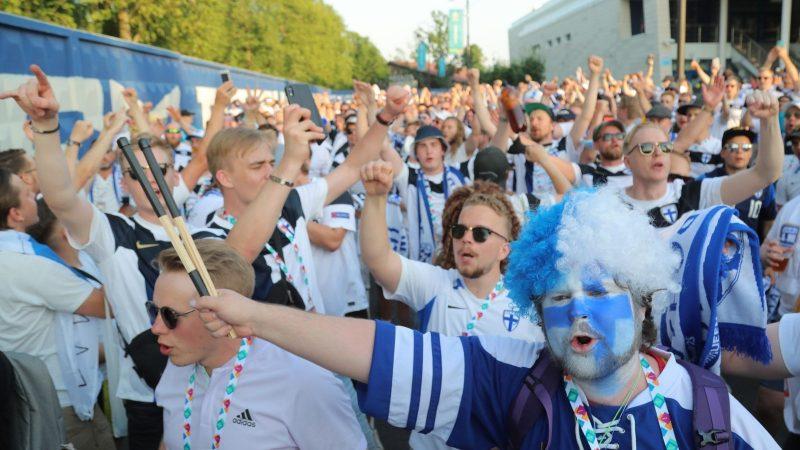 Small chance, big joy: Finland celebrate despite defeat, European Football Championship - news ticker
