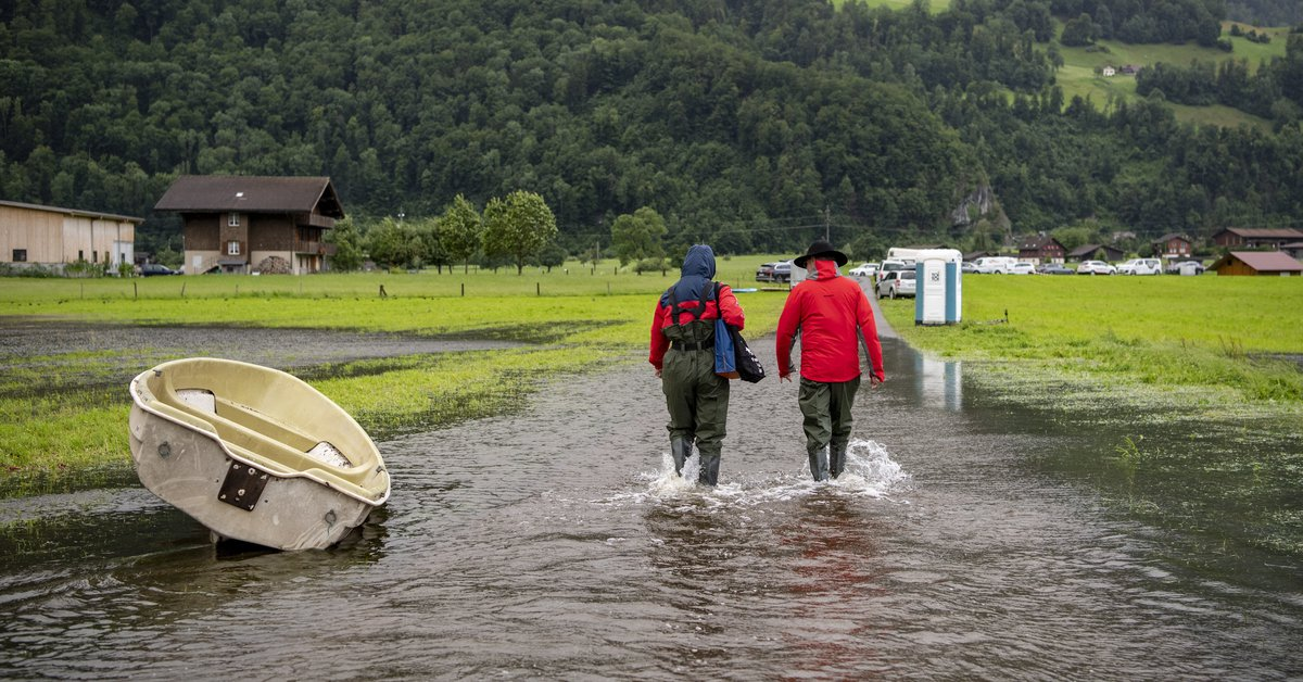 Switzerland is still on alert after three of its lakes floodedبحيرات