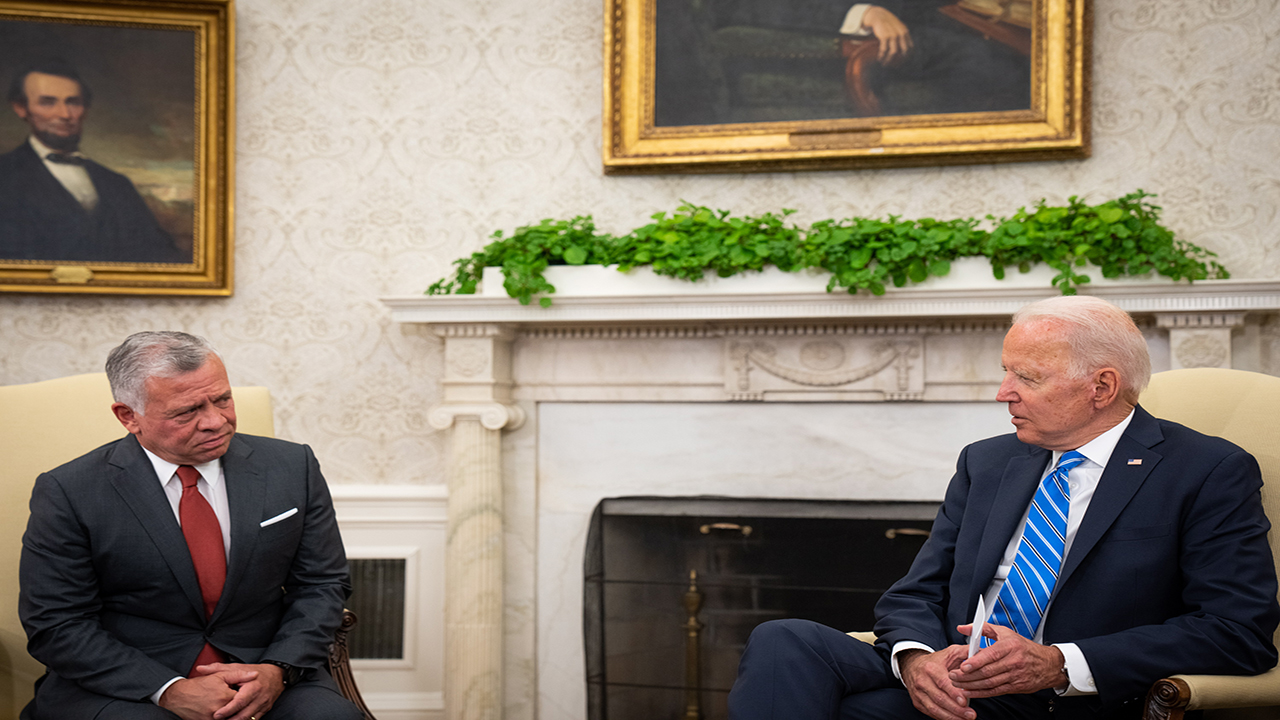 Talks between Biden and the King of Jordan on Middle East issues in the Oval Office – Arabs and the world – the Arab world