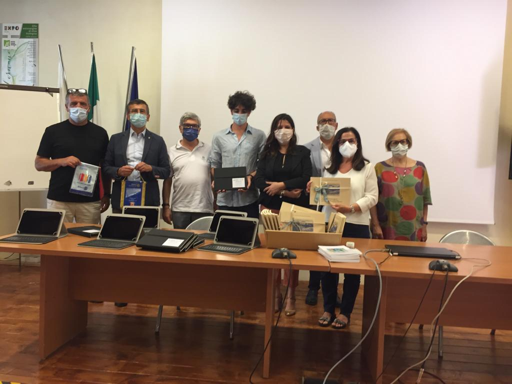 Ten discs have been donated to the Agricultural Institute of Macerata