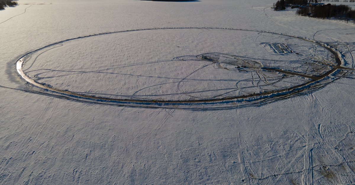 """The Finns are trying to build the world's largest """"ice ring"""" to warn of climate change"""