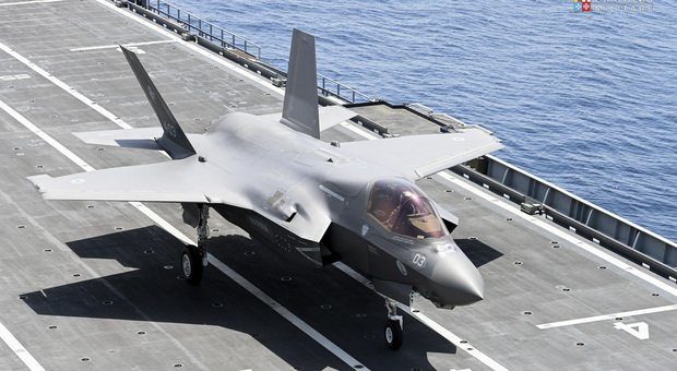 The first F35B of the Italian Navy was delivered to the aircraft carrier Cavour