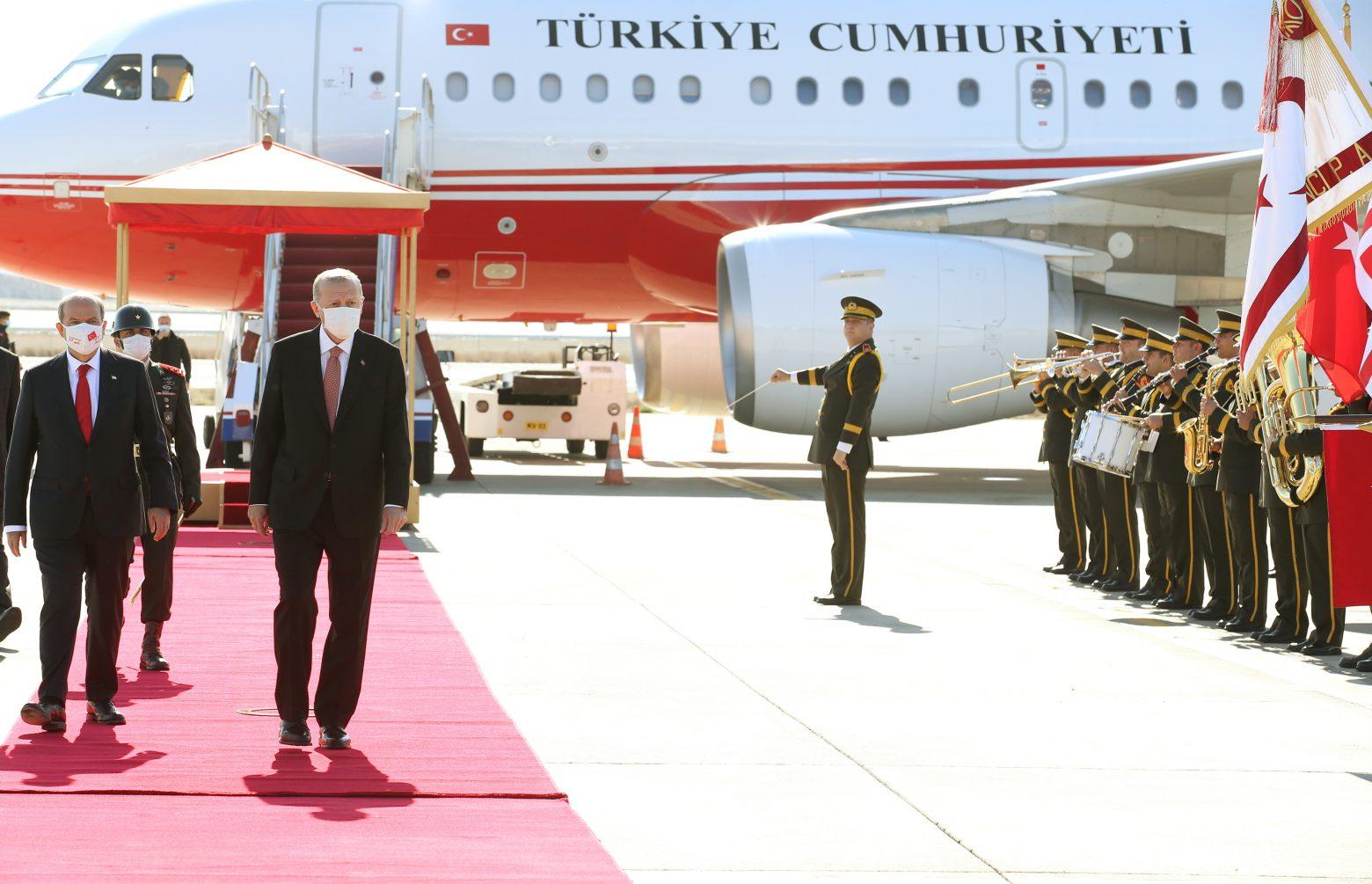 """We Become Crete"": ""civilians"" in the occupied territories – ""traitors"" who despises Erdogan"