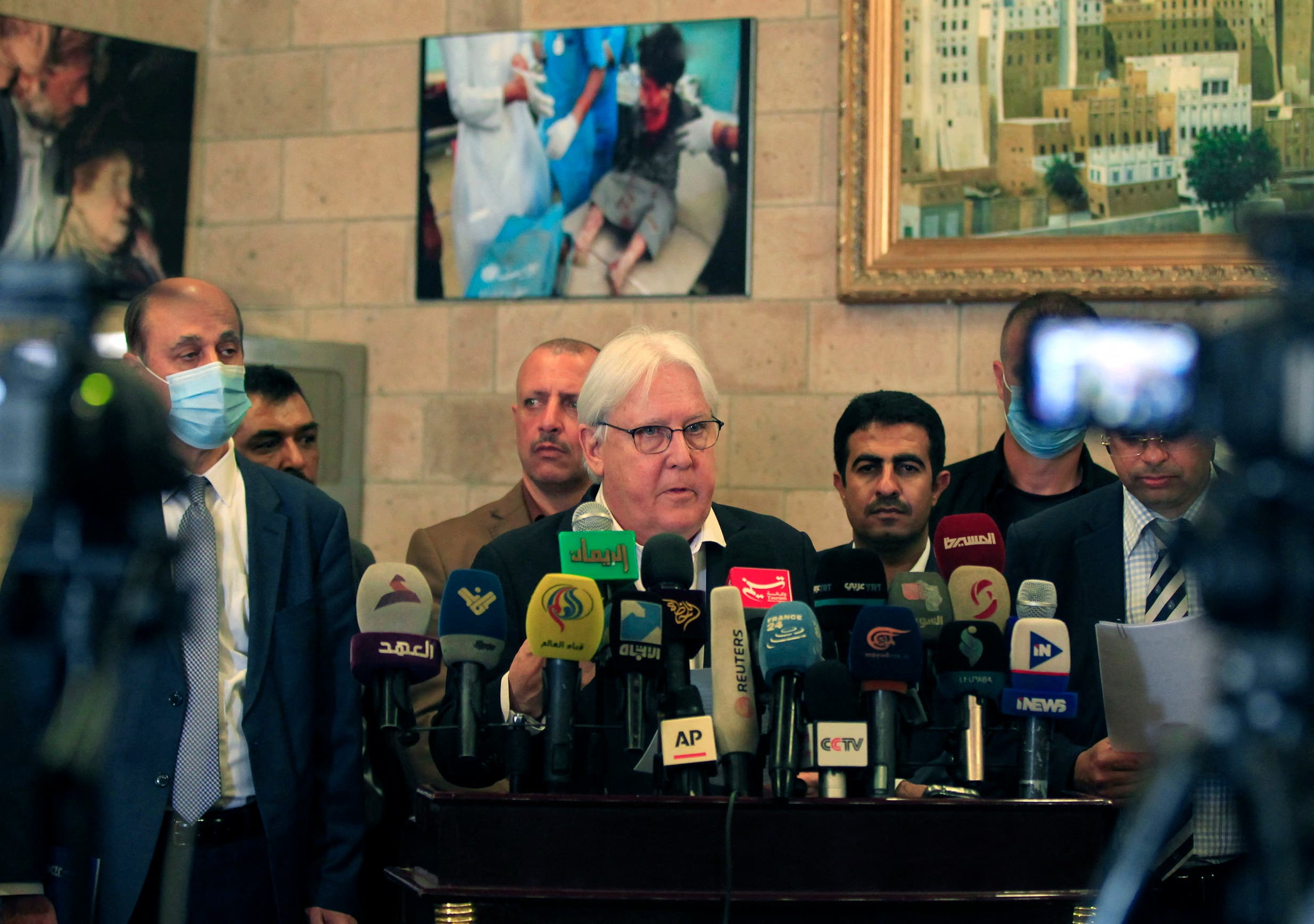 Former UN envoy Martin Griffiths at Sanaa airport last May (archive)