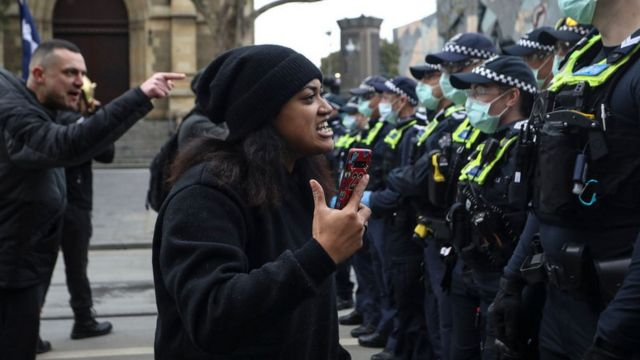 Manifestante in Melbourne.