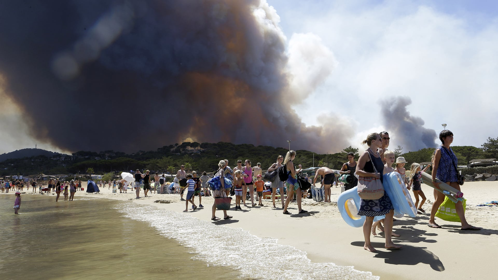 Mediterranean fire: What causes forest fires?