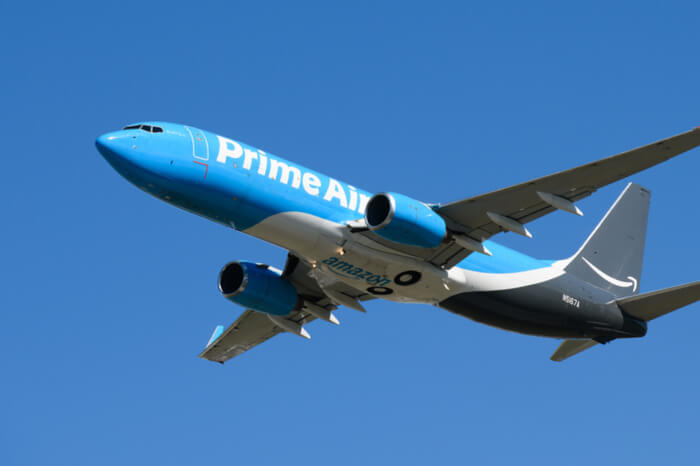 Amazon opens a multi-billion air freight center in the US