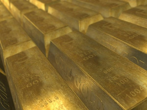 Bullion, government bonds and jewellery.  Treasure stuck abroad – Economy