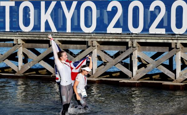 Great Britain, 470 karat women's gold;  Silver for Poland and Bronze for France |  Sports