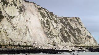 The chalk cliffs near Dover are cut off (Photo: dpa Bildfunk, Alliance/Empires photo | Gareth Fuller)