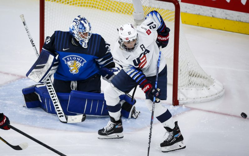 Knight scored a record number of goals and the USA beat Finland 3-0