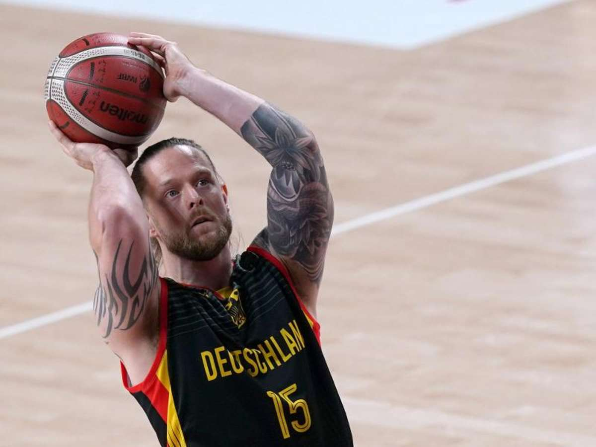 Paralympics: Schnitzel & Die Ärzte: Brexit makes Pistwick a German sport