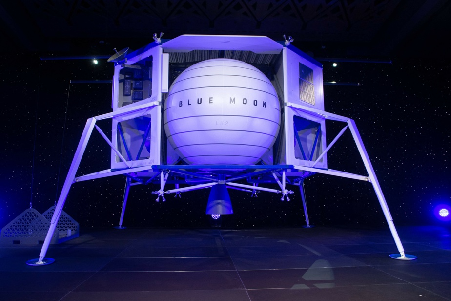 SpaceX Lander    Blue Origin sues NASA in federal court