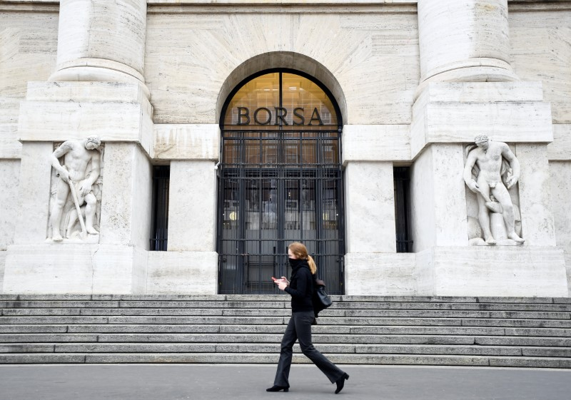 The Milan Stock Exchange continues a mini-walk, the good Ferragamo, the Autogrill, below the BFF Bank