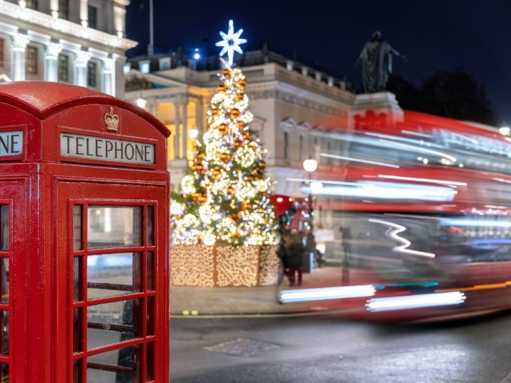 The UK has only a few days to save Christmas, why?