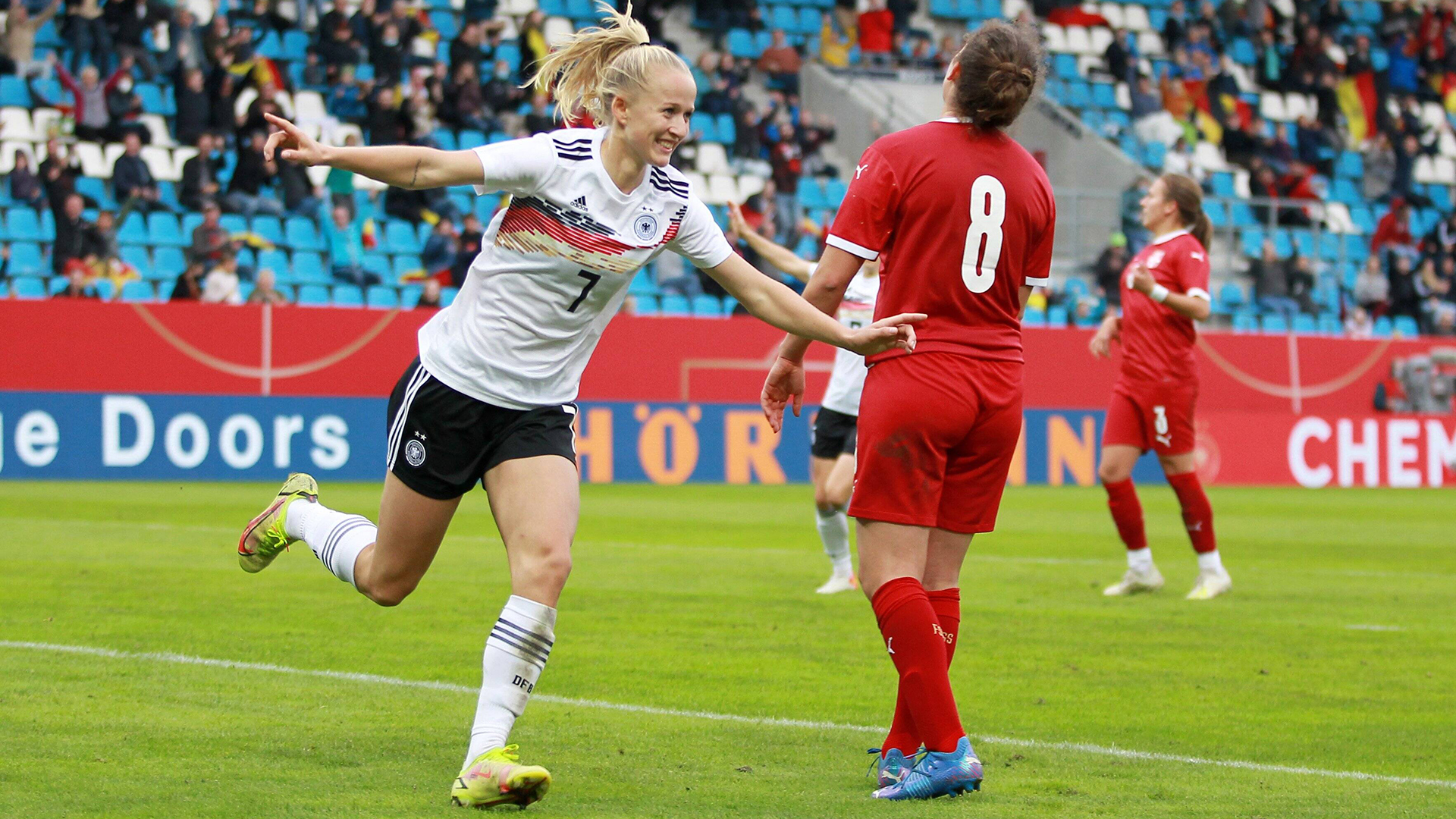 World Cup Qualifiers: Germany beat Serbia 5-1