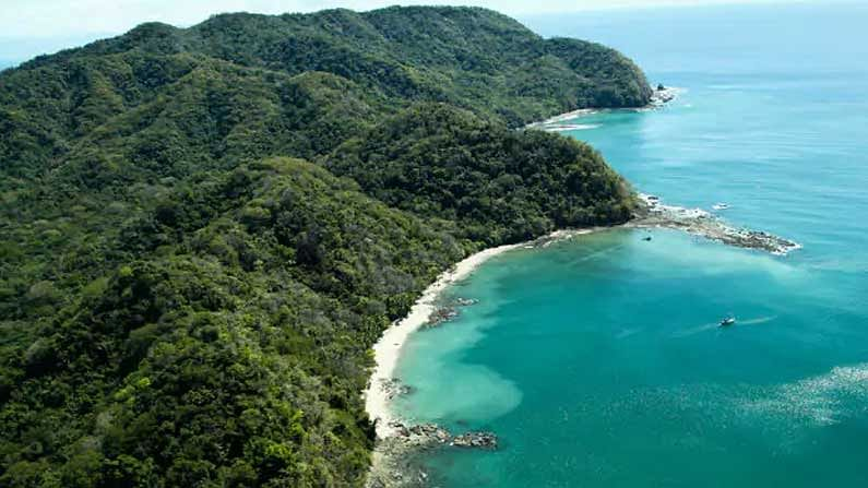 Costa Rica: The beaches of this Central American country are a major tourist attraction.  Forests, wildlife, and volcanoes are special attractions.  Here our rupee - 8.00 is equivalent to the Costa Rican colon.