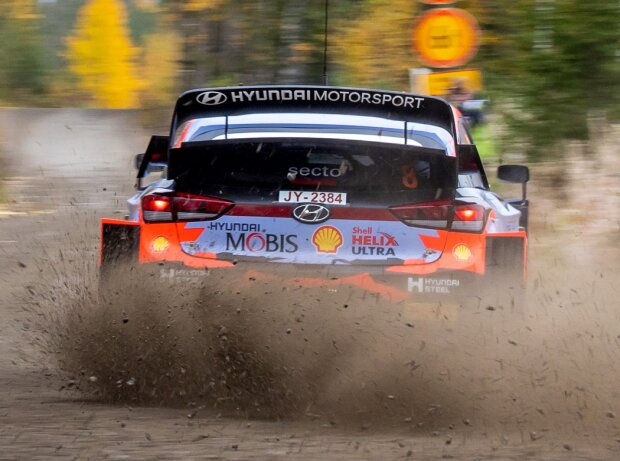 Ott Tanak slides over the cobblestones of Rally Finland in his Hyundai