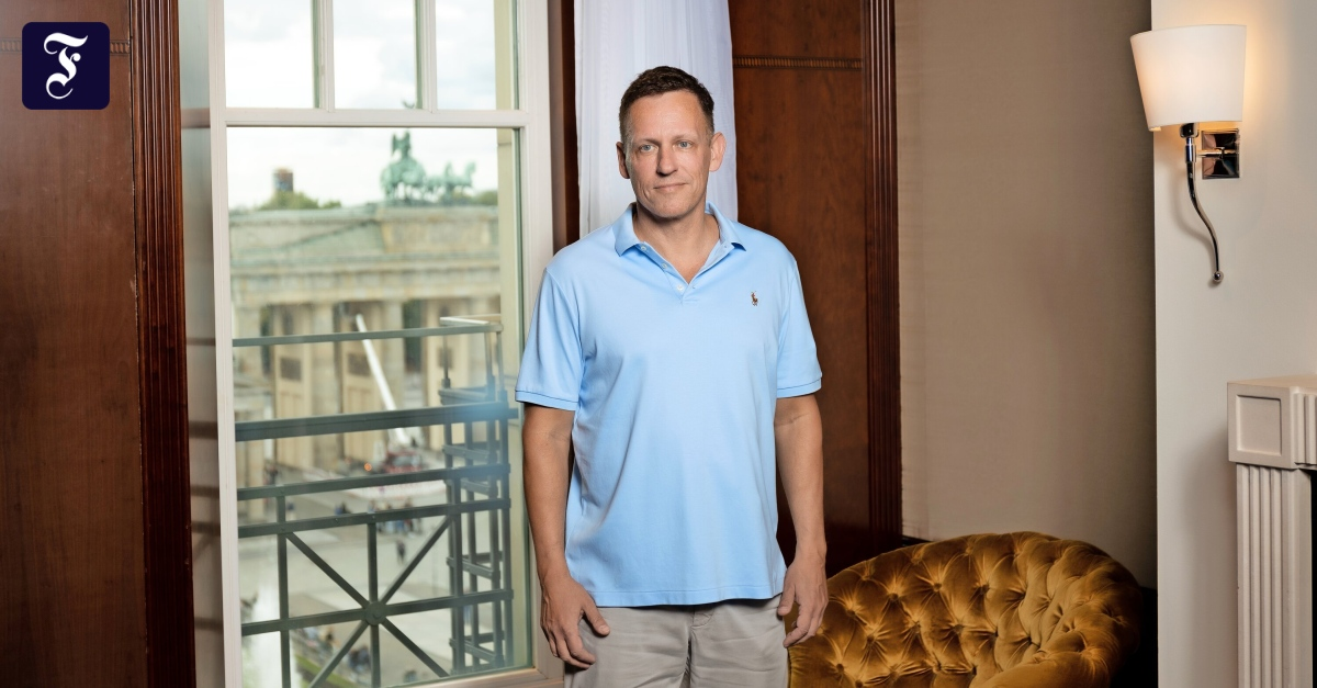 Investor Peter Thiel promotes greater willingness to take risks