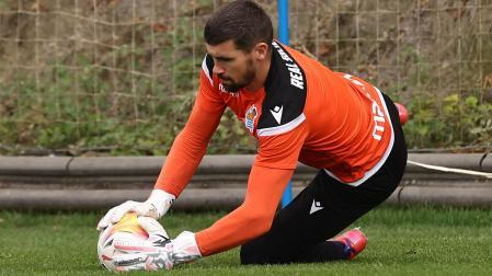 Ryan, in training with Real Sociedad