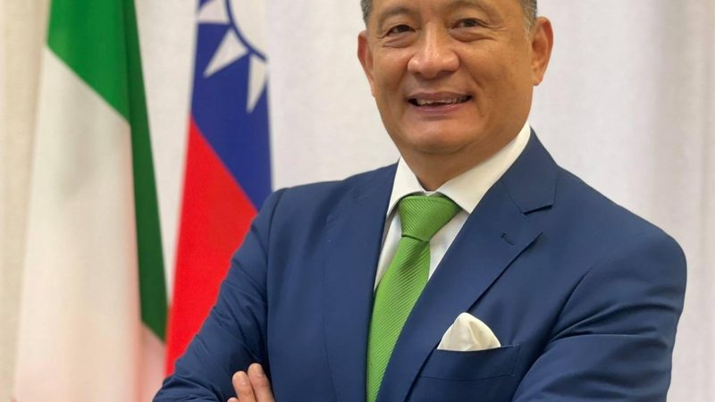Democracy is Taiwan's power.  Interview with Ambassador Lee