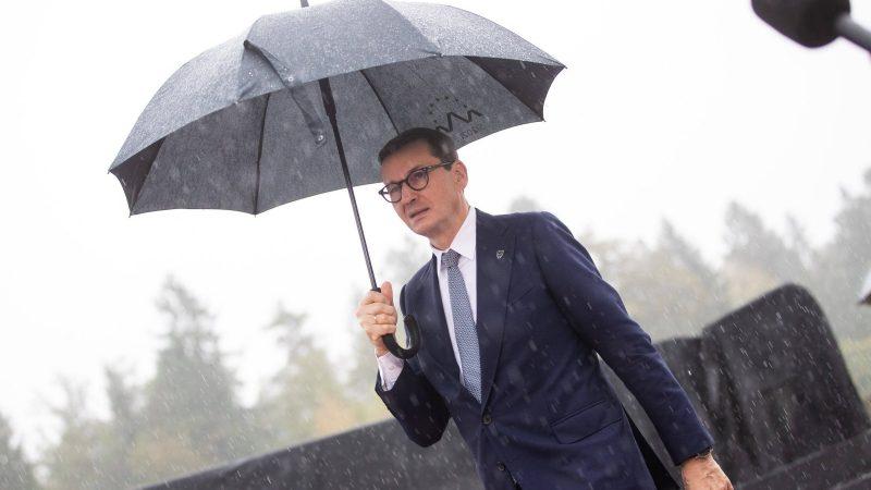 EU leaders warn Polish PM of 'dangerous phenomenon'