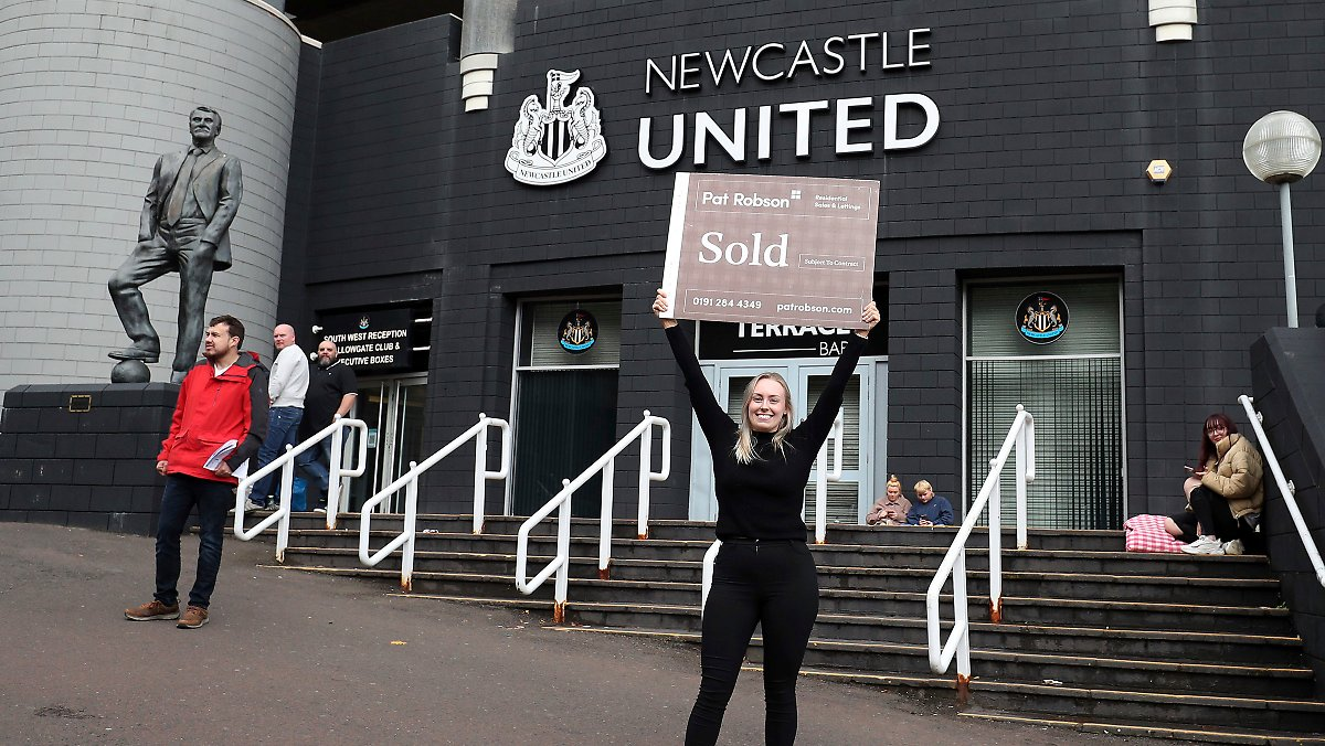 Even the fans are happy about it: a Saudi consortium buys the English Premier League club