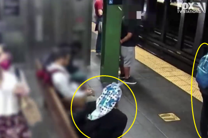 Terrifying video.. Watch what a woman did to another in front of the train