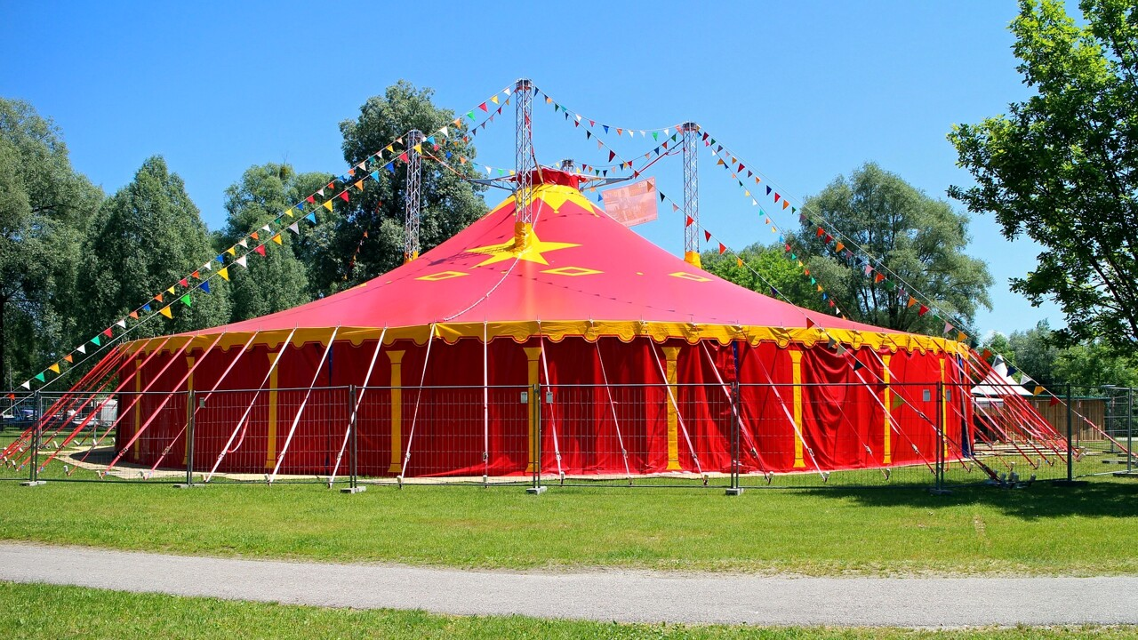 The UK also has clowns: the circus attraction
