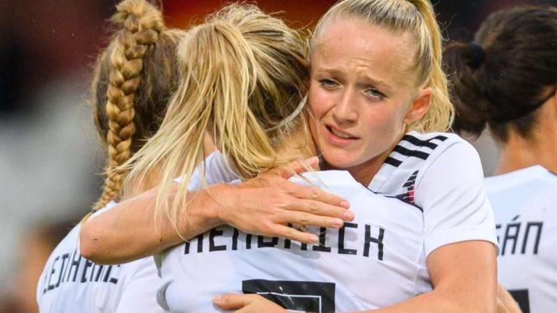 Die DFB-Frauen besiegten Bulgarien in der WM-Qualifikation mit 7:0. Foto: Robert Michael/dpa-Zentralbild/dpa Foto: dpa